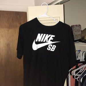 Nike SB Tee
